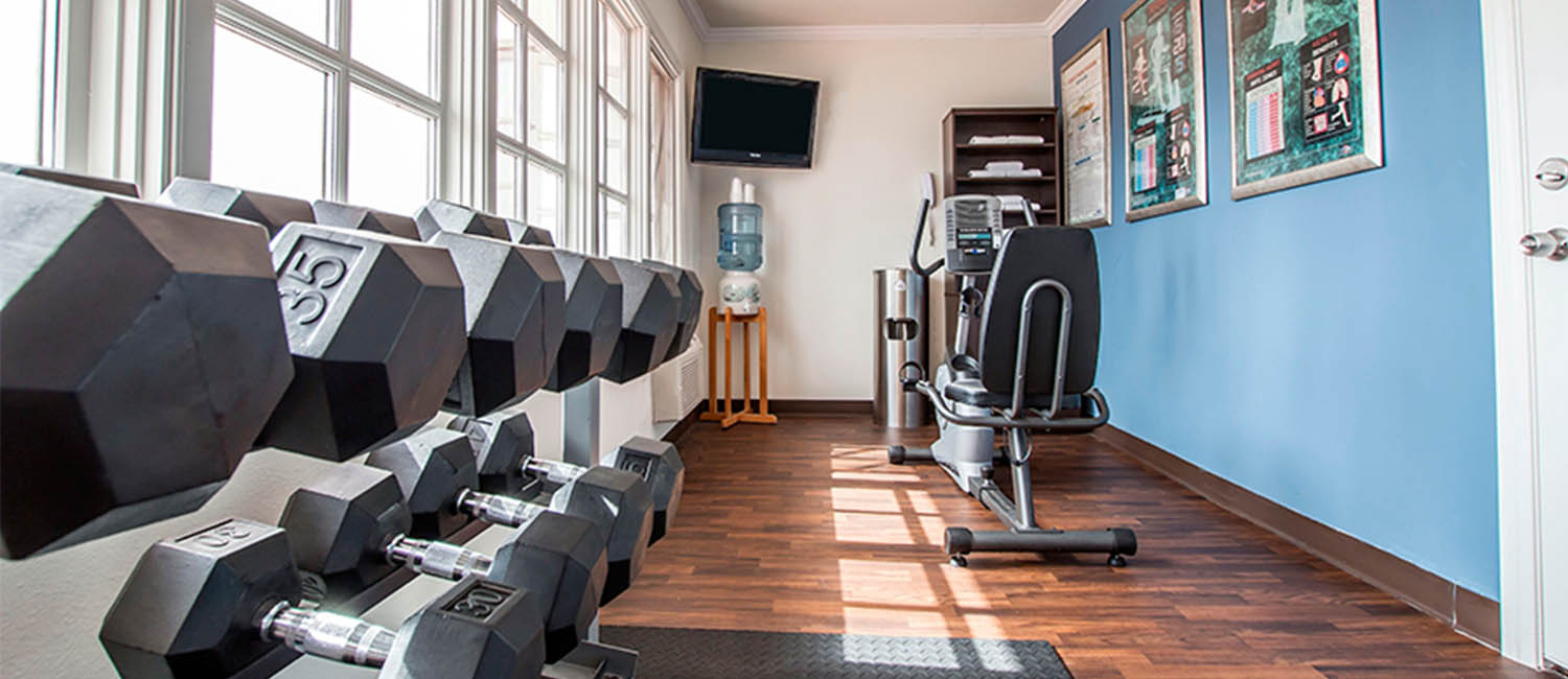 SWEAT IT OUT AT OUR WELL-EQUIPPED FITNESS CENTER
