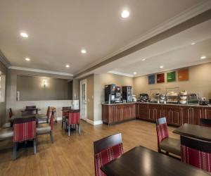 Comfort Suites San Clemente - Comfort Suites San Clemente Breakfast Room