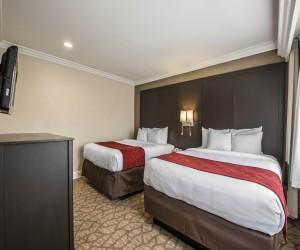 Comfortable Deluxe Two Queen Suites