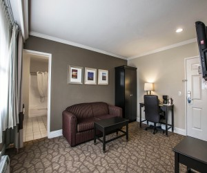 Deluxe Two Queen Suites near near San Clemente State Beach